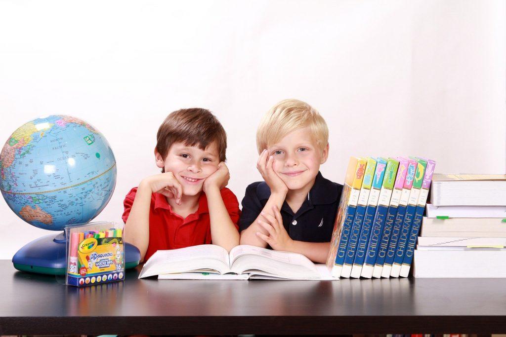 Des enfants heureux avec une bonne éducation !